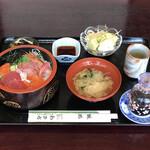 わきち - 料理写真:ちらし重定食 ¥850