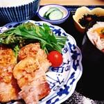 にほんしゅ ほたる - 料理写真:豚角煮ソテーランチ