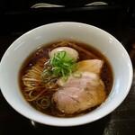 130758780 - 醤油味玉らぁ麺