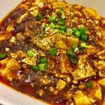 130768507 - とろみがあって豆腐の味がしっかりした美味しい麻婆豆腐でした お酢を加えると更に美味