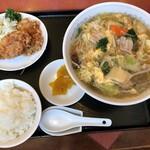 新新園 - ちゃんぽん麺・唐揚げランチ