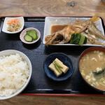 駅前いちば食堂 - 煮魚定食 赤ハタ