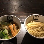 Kyouka - 塩野菜炒めらーめん+つけ麺に変更