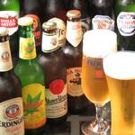 DINING BAR WOODBELL - 世界各国の瓶ビールをご用意しております♪