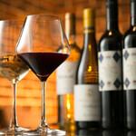 DINING BAR WOODBELL - 各種ワインも取り揃えております。