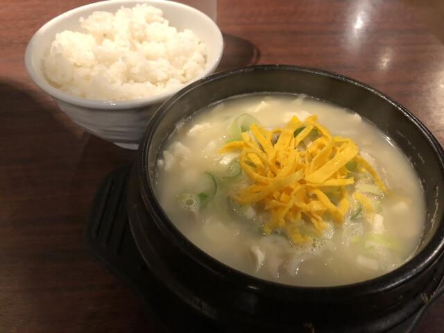 炭火焼肉・韓国料理 KollaBo 新宿店の料理の写真