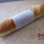 ラ ベルコリーヌ - バトンミルク(¥140+税)