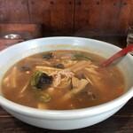 味よし - 料理写真:味よしラーメン(中辛)