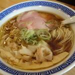 大衆酒場 BEETLE - ワンタン麺