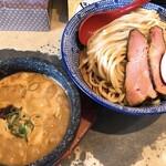 130825476 - 魚介濃厚つけ麺(900円)