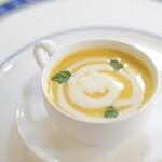 アルピーノ - フレッシュトマトスープ