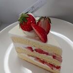 アニバーサリー - 苺のショートケーキ