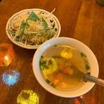 SOI 7 - サラダ、スープ