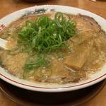 ゑびす屋 - 鶏ガラしょうゆラーメン(並) 620円