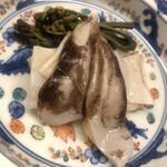 nihonryourikutan - 醤油をひと刷毛し、炭火で軽く炙り、酢橘をひと振り。悶絶!