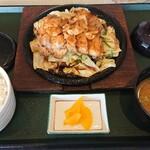 大山アークカントリークラブ レストラン - 大山鶏のニンニク焼き 1,480円