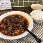 中国酒家 菜都 - 写真を撮り終えたら、スープは奥に移動 ※それが多分、大阪流