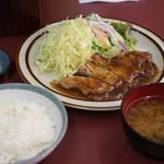 とんかつ叶 - 豚ロース生姜焼き定食