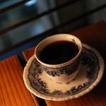 カフェ ド ギャルソン - ケーキセットのブレンド(ストロング)