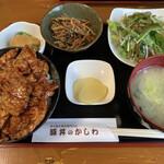 豚丼のかしわ - 料理写真: