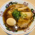 京紫灯花繚乱 - 中華そば 味玉付き 920円
