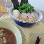 イノショウ - 淡麗つけ麺