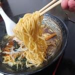 中華料理 梧桐 - 【2020.5.31(日)】醤油ラーメンの麺