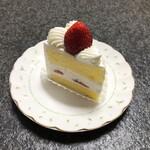 パティスリー シュクレ - ショートケーキ