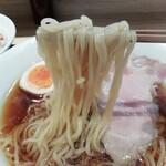 130884044 - 透明感のあるストレート細麺