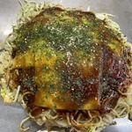 お好み焼 ゆりちゃん - 料理写真:そば肉玉700円、モチ100円、チーズ200円
