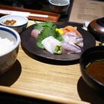 いまが旬 あ・うん - 料理写真:刺身定食