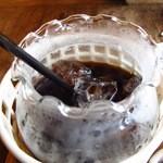 珈琲の店 らんぷ - コーヒーを注ぐとこんな感じ