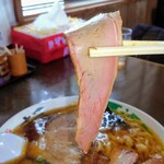 いまの家 - チャーシュー麺の食紅付きチャーシュー、旨い✨