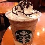 13091873 - チョコレートクッキークランブルフラペチーノwithホワイトチョコレートプディング