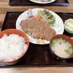 島原食堂 - 料理写真:ロースかつ定食