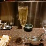 串揚げとワイン Ohana -