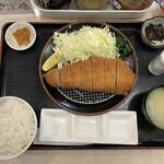 130922013 - 黒豚ロースカツ定食