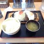 130932202 - ハンバーグ定食