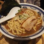 つけ麺や 武双 - 濃厚鶏魚介スープのらーめん880円