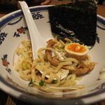 つけ麺や 武双 - 洋風鶏白湯スープの味玉つけ麺990円 すみません食べかけです。もちろんこんなに少ないわけじゃないです