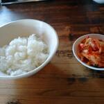 130939505 - 美味しいキムチとご飯