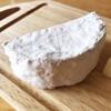 木次乳業 - 料理写真:カマンベール・イズモ 白カビのふわふわ加減伝わりますか?