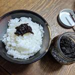 みやげ山海 - 料理写真:みやげ山海『のどぐろ入り のり佃煮 140g』550円