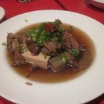 担々麺専科 Tongking - 牛スジと豆腐煮込