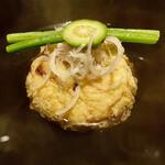 130972755 - 鰻のひろうす椀物〜ひろうすは庶民的な料理ながら、材料次第で格段にレベルアップするので期待感が高まる。
