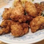 ぎょうざの満洲 - 国産鶏の塩唐揚げ473円