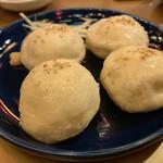 130982024 - 焼小籠包(生煎饅頭)