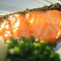 梅山鉄平食堂 - サーモンの自家製塩こうじ漬焼定食