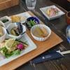 うさぎ - 料理写真:うさぎ御膳A 1,100円、お刺身 165円(全て税込)