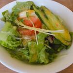 レストラン せんごく - サラダ